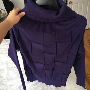 Sweaters - Purple turtleneck sweater